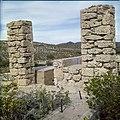 Collectie Nationaal Museum van Wereldculturen TM-20029581 Ruine van de Balashi goudsmelterij vlakbij het Spaans Lagoen en de Franse Pas Aruba Boy Lawson (Fotograaf).jpg