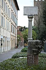 Colonna del Portogallo, Siena (2)