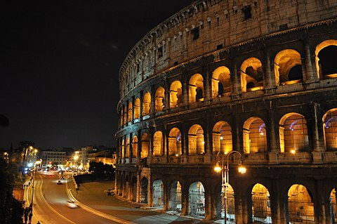 Colosseo notturna