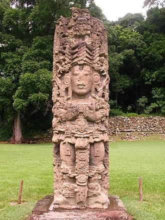 Copán - Stela H, depicting king Uaxaclajuun Ub'aah K'awiil