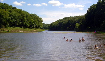 Cuivre River SP - Lake Lincoln 2005.jpg