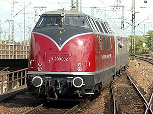 Prototype museum engine V 200 002 at Stuttgart Hauptbahnhof (September 2004)