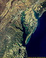 Delaware and Chesapeake Bays satellite image.jpg