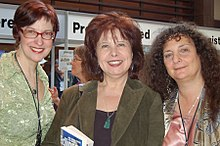 Kress (center), with Delia Sherman (left) and Ellen Datlow in 2007