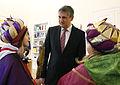 Die Sternsinger besuchen Aussenminister Michael Spindelegger (8345786366).jpg