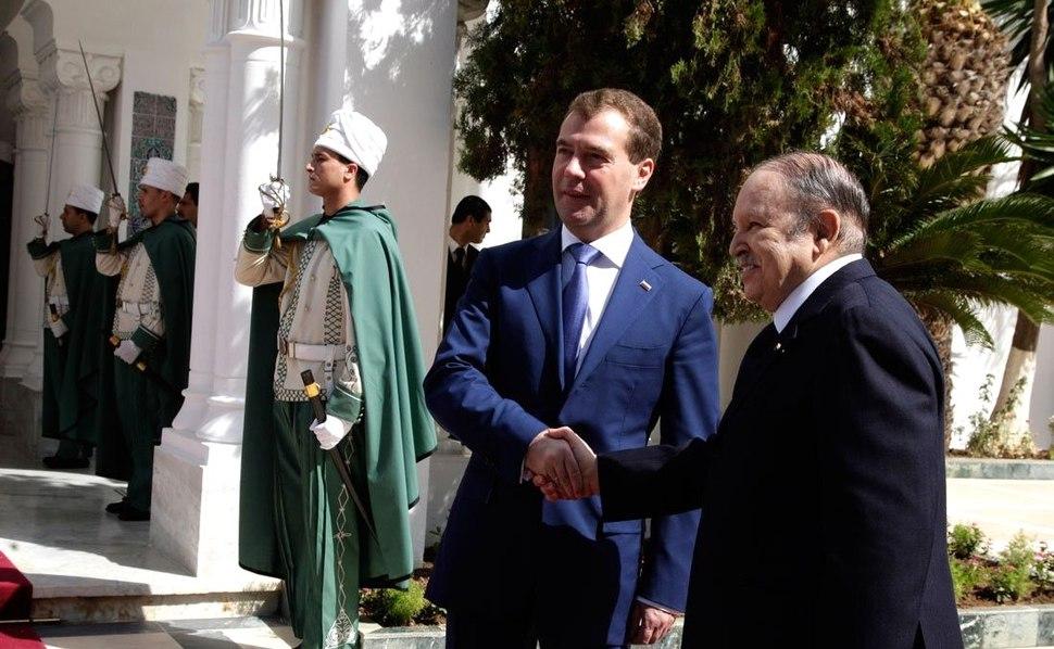 Dmitry Medvedev in Algeria 6 October 2010-10.jpeg