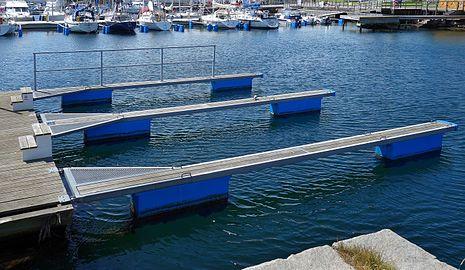 Dock fingers Lysekil.jpg
