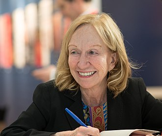 Doris Kearns Goodwin - Goodwin signing copies of Leadership in Turbulent Times at BookExpo America in 2018