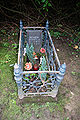 Dortmund-Ostenfriedhof-Kindergrab-DSC 0056.JPG