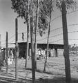 ETH-BIB-Abessinisches Gefängnis, mit Stacheldraht umzäunt-Abessinienflug 1934-LBS MH02-22-0585.tif