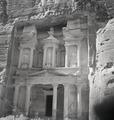 ETH-BIB-Felsgrab Khazne al-Firaun, Petra-Abessinienflug 1934-LBS MH02-22-0072.tif