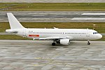 EasyJet, ES-SAQ, Airbus A320-214 (40106529862).jpg