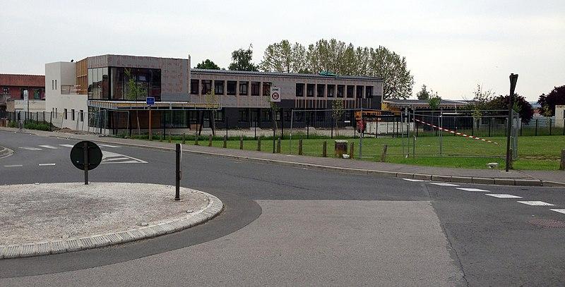 File:Ecole André Mille Longueau.JPG