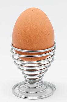 220px-Egg_spiral_egg_cup.jpg