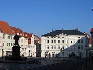 Marktplatz von Westen mit der Alten Waage