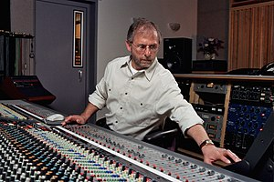 Elliot Scheiner - Elliot Scheiner mixing in the studio