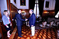 Embajador de finlandia con Presidente Abugattás (6856901814).jpg