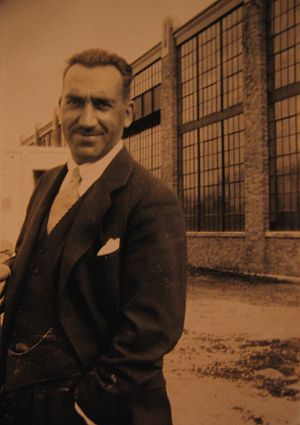 American Aeronautical Corporation - Enea Bossi in front of the AAC factory in Port Washington, New York