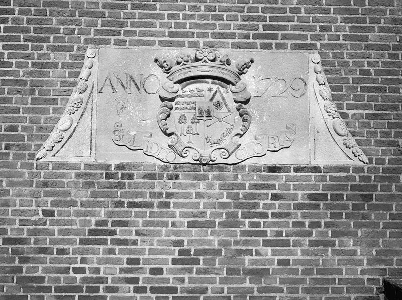 Villa chartroise in raamsdonksveer monument - Gevelversiering villa ...