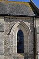 Fenêtre du transept sud de l'église Saint-Vigor d'Asnières-en-Bessin.jpg