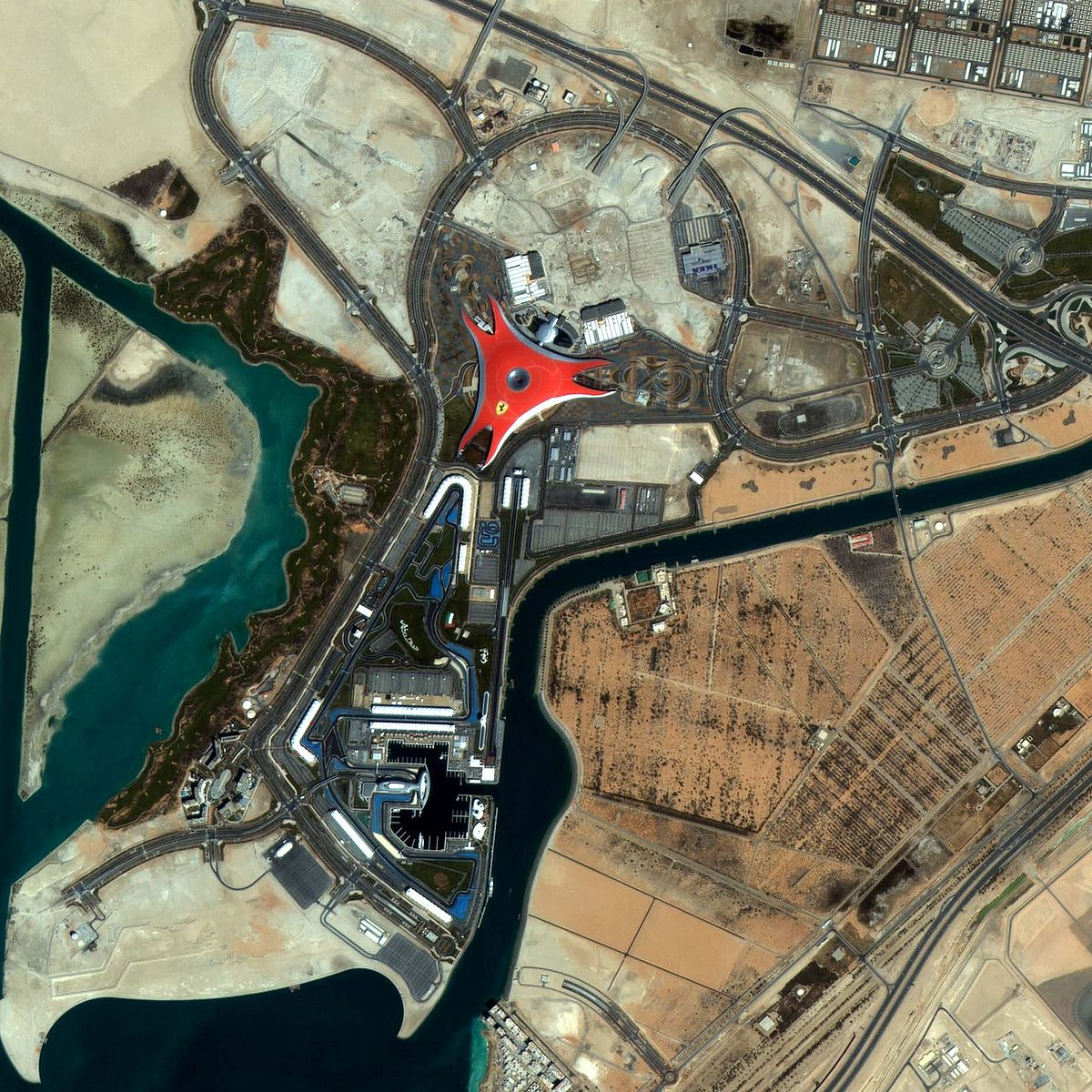 Ferrari world abu dhabi wikipedia wolna encyklopedia gumiabroncs Gallery