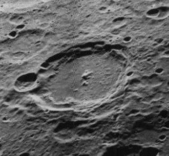 Fizeau (crater) - Another oblique Lunar Orbiter 5 image, facing west