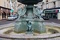 Fontaine place Marché Notre-Dame Étampes 11.jpg
