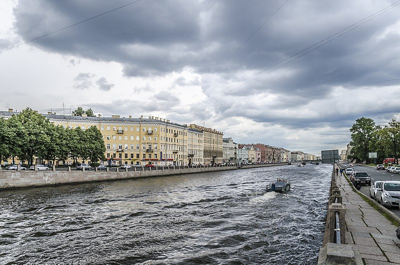 Файл:Fontanka river SPB 3.jpg