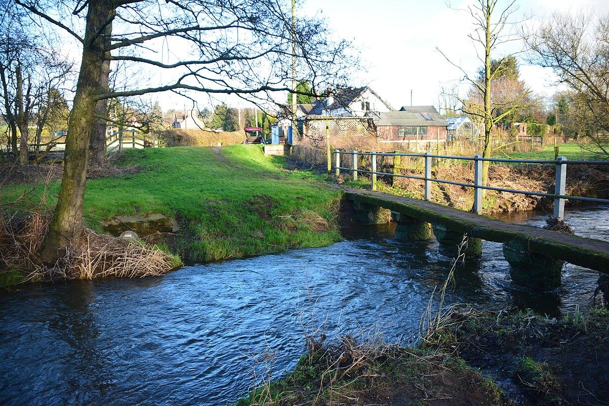 Footbridge over River Tean.jpg