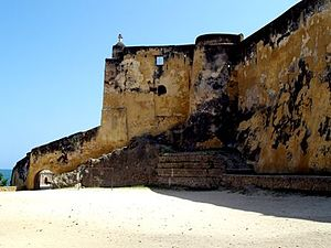 Fort Jesus, sebuah UNESCO World Heritage Site di Mombasa.