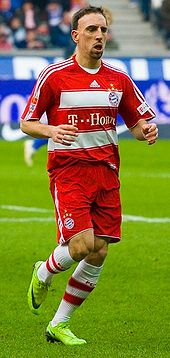 Franck ribry wikipedia ribry playing for bayern in 2009 voltagebd Gallery