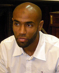Frederic Kanoute 2008.jpg