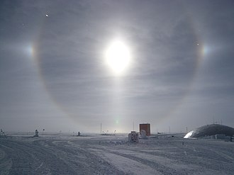 22° halo - Image: Full circle solar halo with parhelia and lower tangent arc, South Pole, 12 Jan 2009
