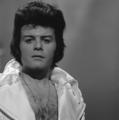 Gary Glitter - TopPop 1974 4.png