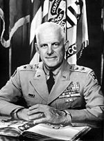 Gen Garrison Davidson West Point Superintendent 1956 1960.jpg
