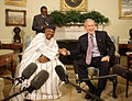 George Bush and Amadou Toumani Toure.jpg