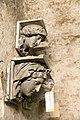 Gipsmodelle Wiener Historismus Hofburg-Keller 2015 Fensterschlusssteine 1.jpg