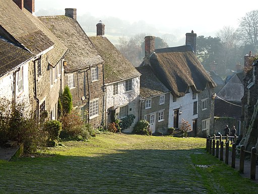 Gold Hill, Shaftesbury (16138204642)