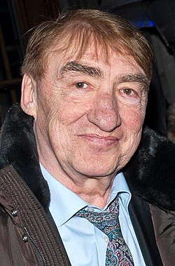 Gottfried John (Berlinale 2012) (cropped).jpg
