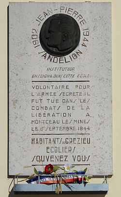 Photo of White plaque number 40234