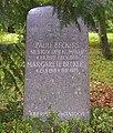 GrabstättePaulBeckers (cropped).JPG