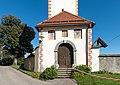 Grafenstein Sankt Peter Pfarrkirche Hll Petrus und Paulus Friedhofsportal 21092015 7662.jpg