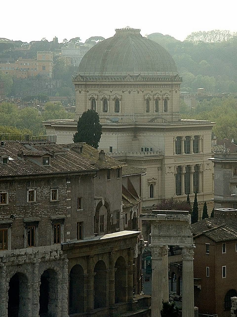 Great Synagogue of Rome 01