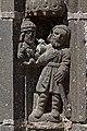 Guimiliau - Enclos paroissial - le portail - Statue du piédroit - PA00089998 - 007.jpg