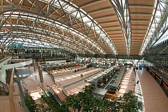 Hamburg Airport - Main hall of Terminal 2