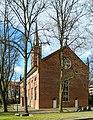 Hamburg - St. Pauli - St.-Pauli-Kirche von OSO - Perspektive korrigiert.jpg