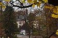 Havlíčkův-Brod-pohled-z-parku-na-kostel-Nejsvětější-Trojice-a-kapli-svatého-Grálu2016a.jpg