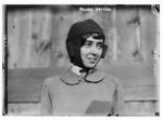 Helene Dutrieu - 1911-09-26.tiff