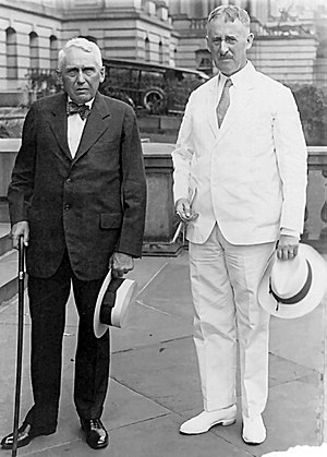 Henry L. Stimson - The U.S. Secretary of State Henry L. Stimson (right) and Frank B. Kellogg, at the leaving from the State Department, (July 25, 1929).