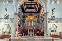 Herz-Jesu-Kirche (Augsburg) - view towards the three altars (HDRI) bearbeitet.jpg